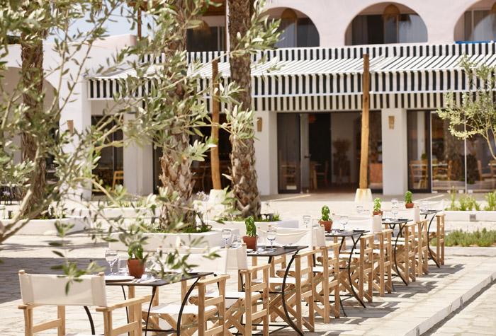 kafeneio-casa-marron-family-hotel