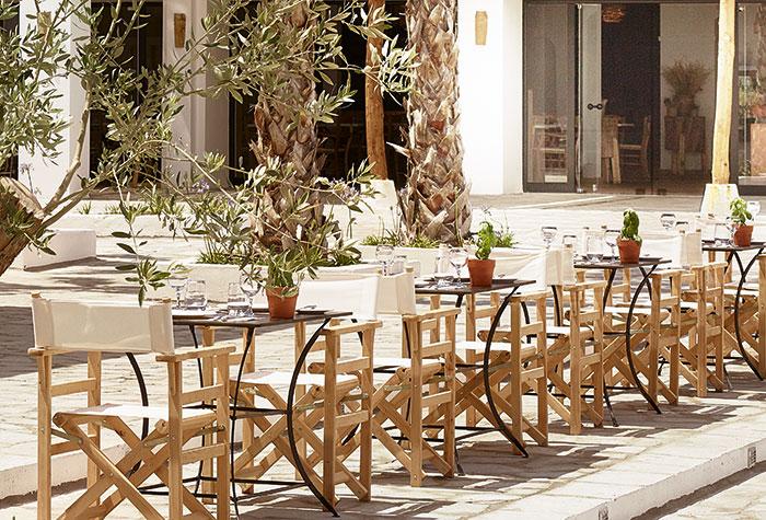 kafeneio-restaurant-casa-marron-hotel-in-peloponnese