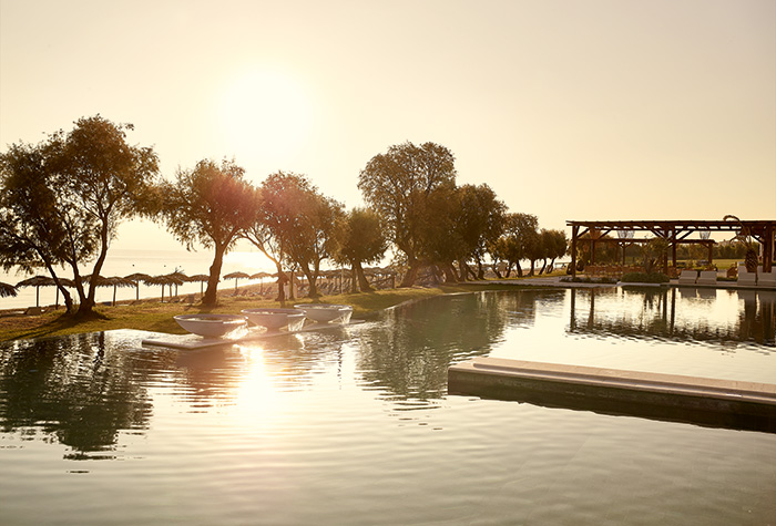 01-freshwater-pool-casa-marron-hotel