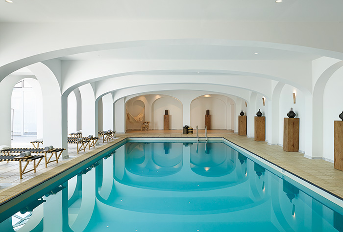 01-indoor-pool-casa-marron-hotel