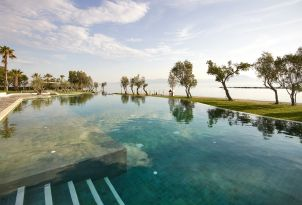 08-Stunning-Teal-pool-on-the-shore