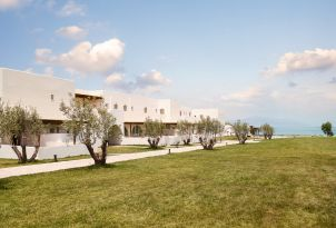 13-Bungalow-Complex-beside-the-breathtaking-ionian-sea